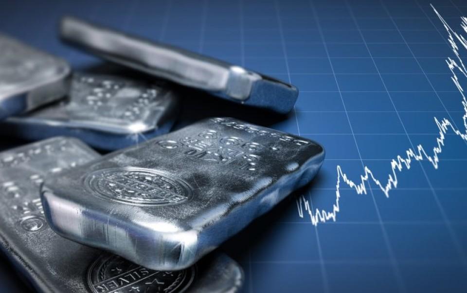 Цена на платину обрушивается: ожидает ли дальнейшее падение?