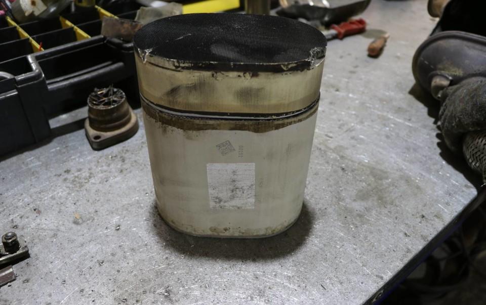 Сажевый фильтр и катализатор: отличия