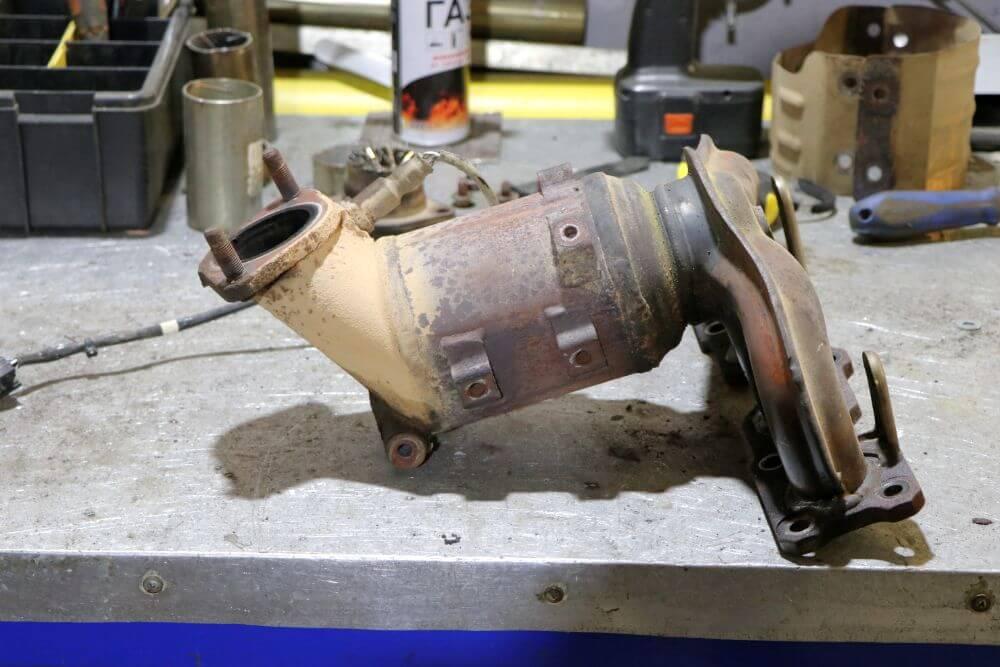 Зачем нужен автокатализатор в автомобиле�троении?